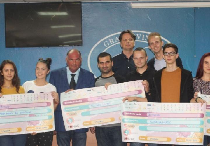 Potpisani ugovori za četiri nova društveno korisna projekta u Gradu Živinice
