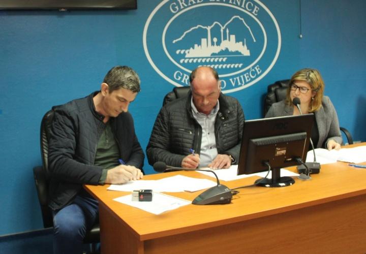 Potpisani novi ugovori za stručno osposobljavanje 34 nezaposlene osobe sa područja Grada Živinice