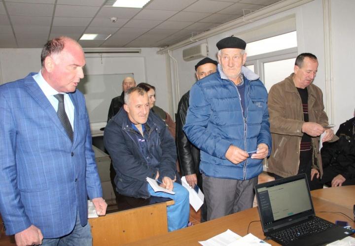 U zgradi Gradske uprave Živinice počeo sa radom mobilni tim Zavoda zdravstvenog osiguranja