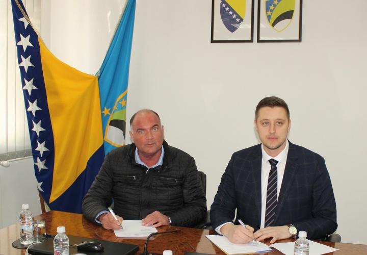 Potpisan ugovor za finansiranje projekta izgradnje sekundarne mreže toplifikacije na području Grada Živinice