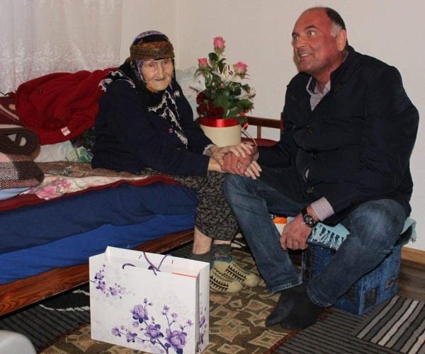 Upriličena posjeta najstarijim ženama na području Grada Živinice