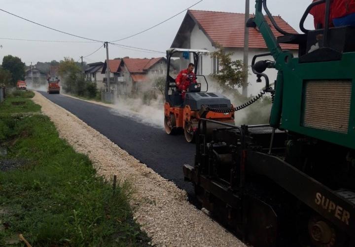 Asfaltirana dionica puta u Mjesnoj zajednici Bašigovci – naselje Trasa