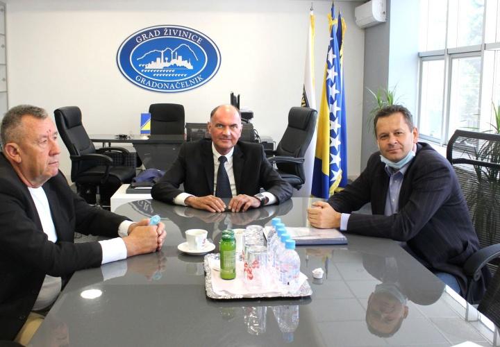 Održan sastanak u vezi rekonstrukcije lokalne ceste koja povezuje Grad Živinice sa Gradom Tuzla