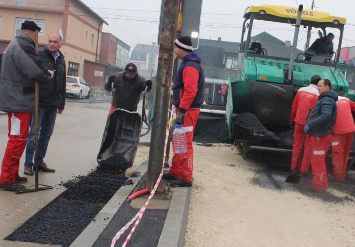Završeni radovi na rekonstrukciji i asfaltiranju Željezničke ulice